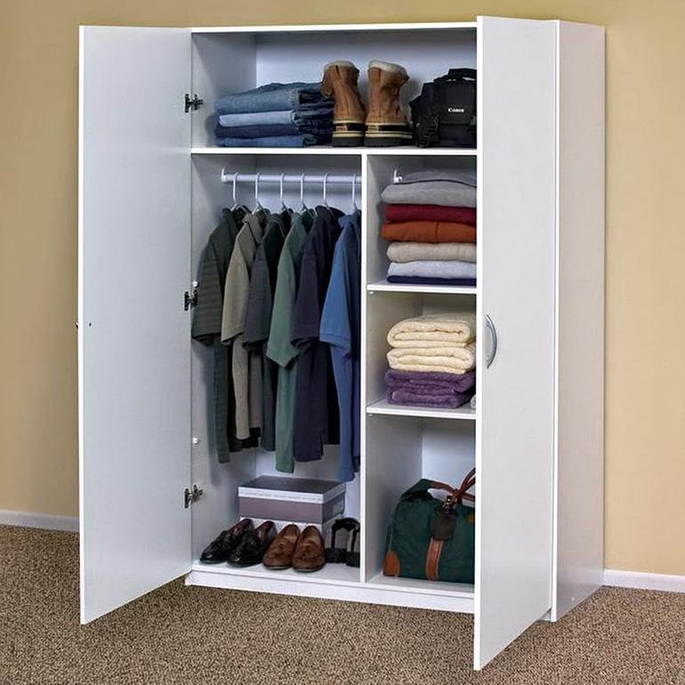 Hướng dẫn cách vệ sinh hiệu quả nhất cho tủ quần áo sắt